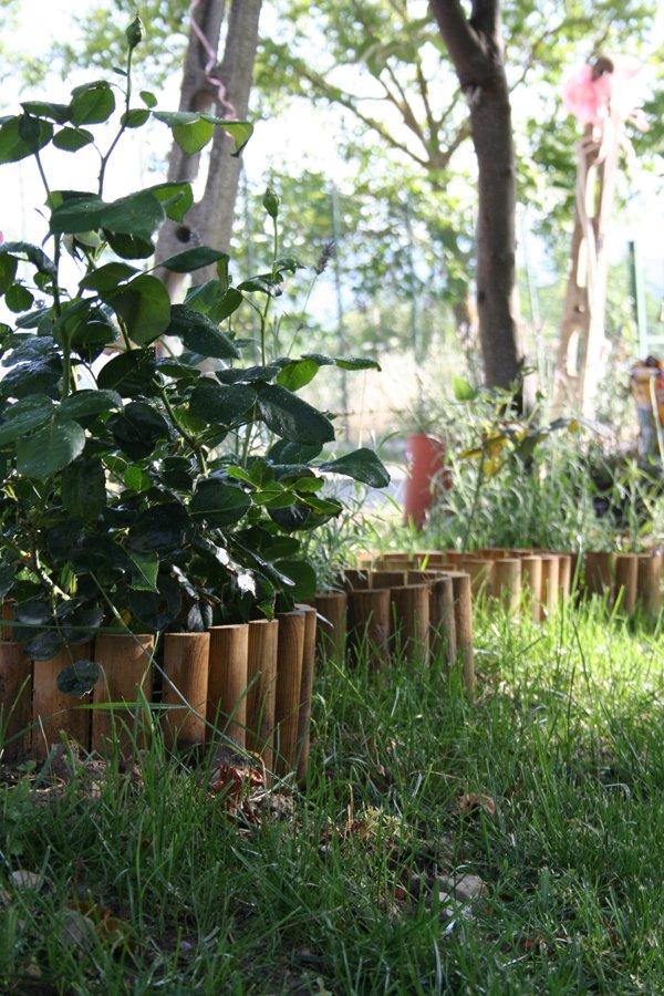 Piccoli giardini crescono villa villacolle for Aiuole profumate